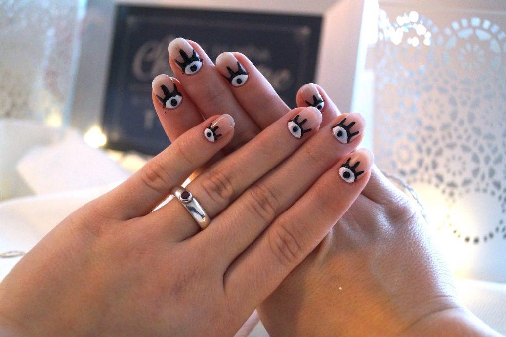 Nail art #eyenails