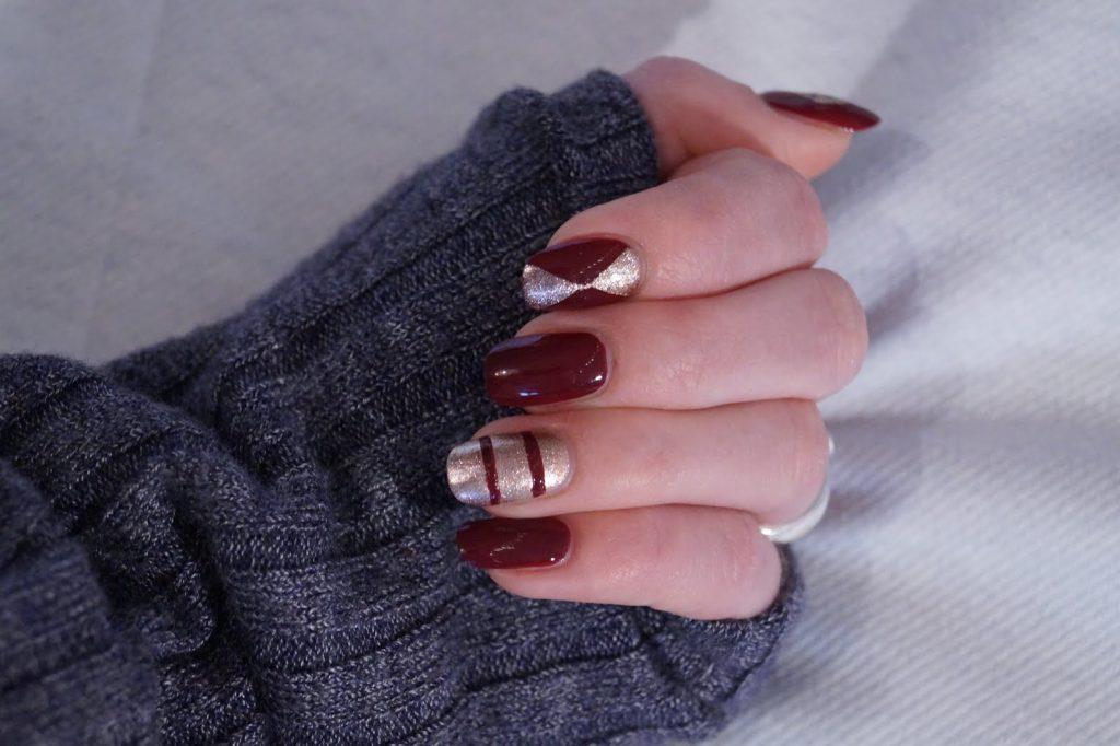 Nail art #RedandGoldNails