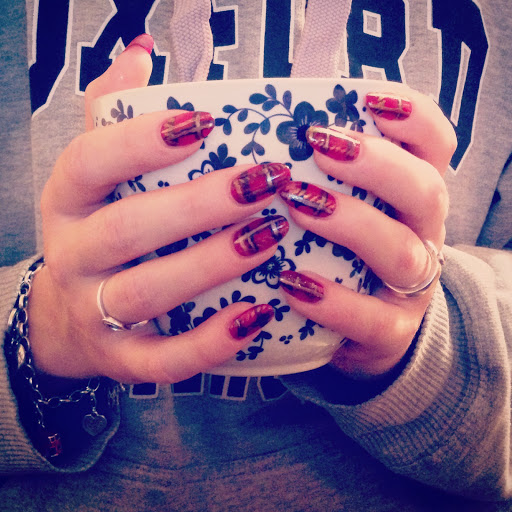 Nail art #plaidnails
