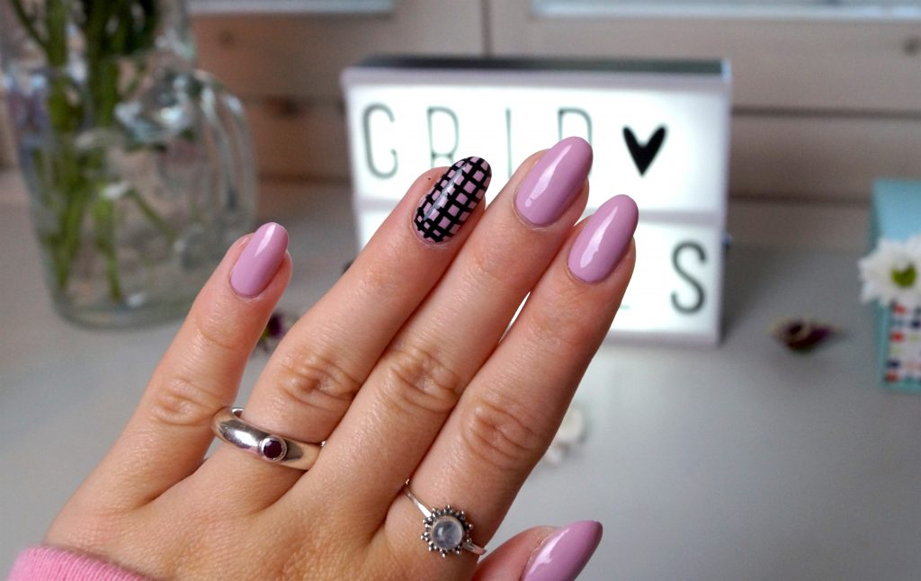 Grid Nails #nailart