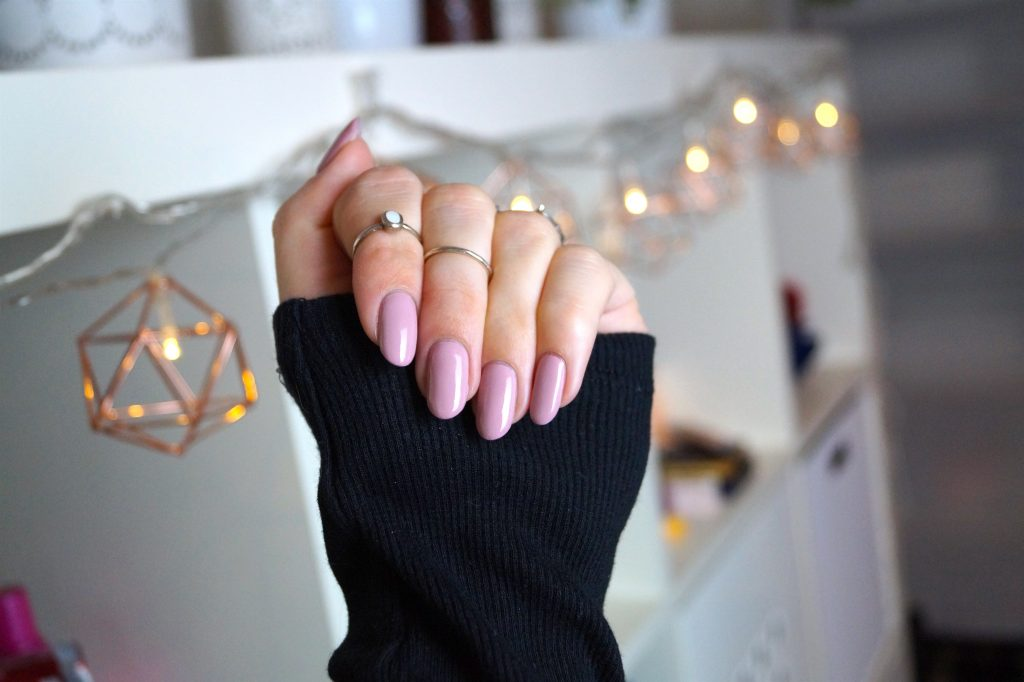 My 10 secrets to a long lasting Manicure