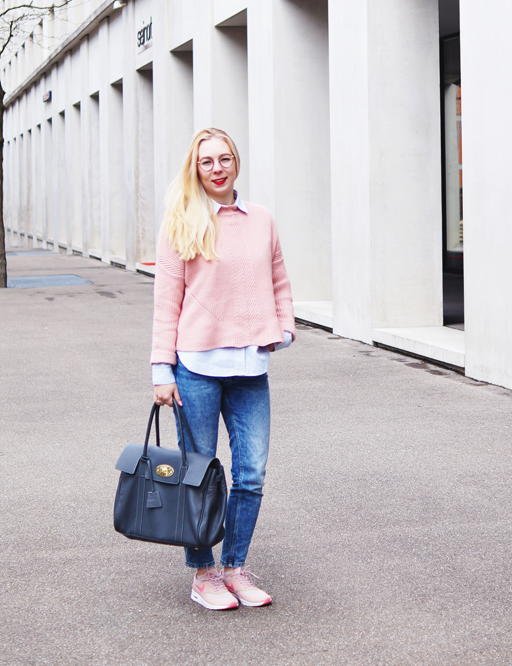 A splash of pink – my Outfit of the Day