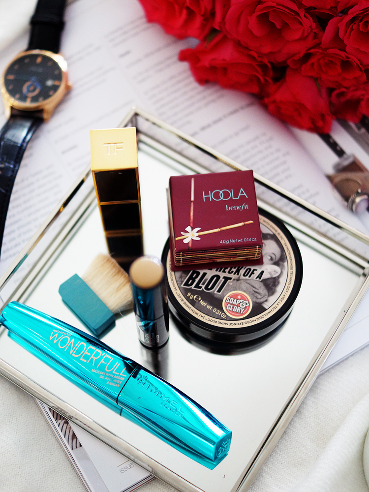 The Makeup Essentials for Hot Weather