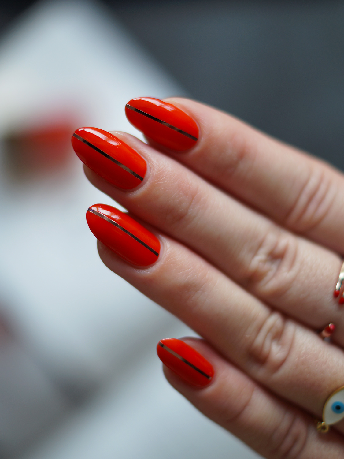 Red Nails with a Twist – A Snippet of Life